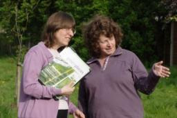 Cllrs Caroline Nichols and Elizabeth Bell have been camapigning for improvements to TP26