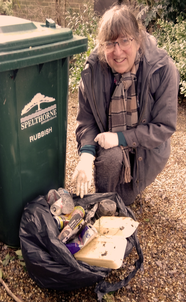 Spelthorne Liberal Democrats support Great British Spring Clean (Spelthorne Liberal Democrats)